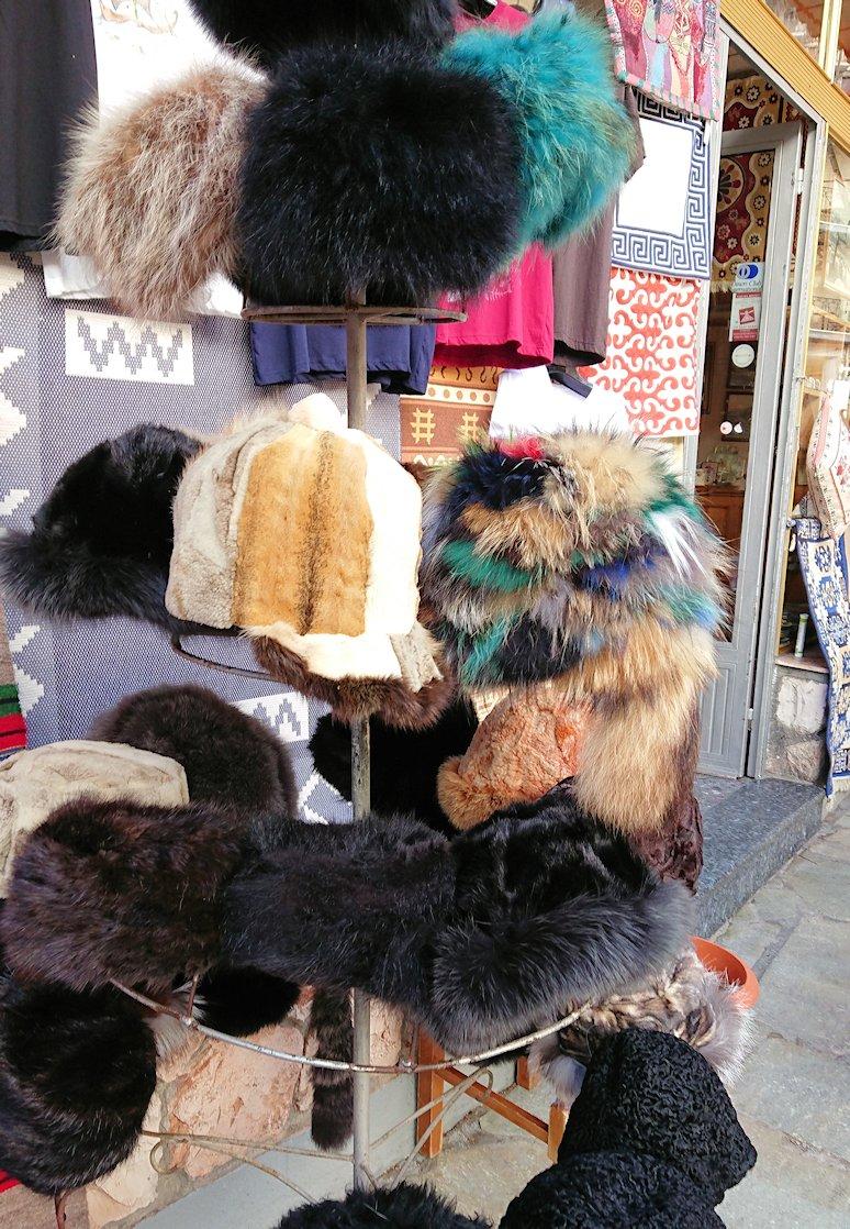 アラホバの街で売っていた服2