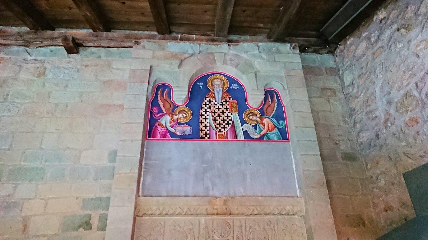 メテオラ地方でアギオス・ステファノス修道院の様子2