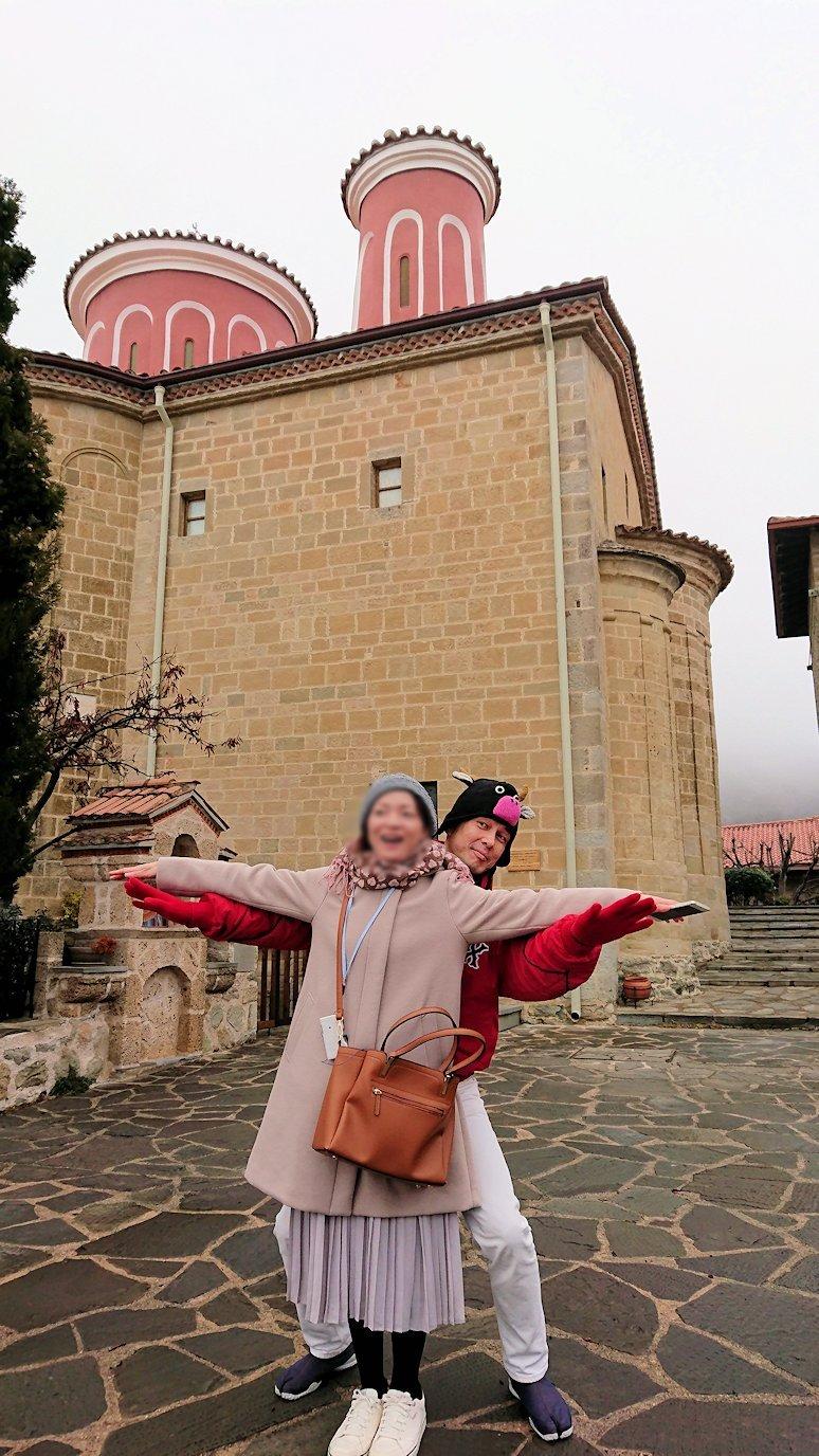 メテオラ地方でアギオス・ステファノス修道院で記念撮影5