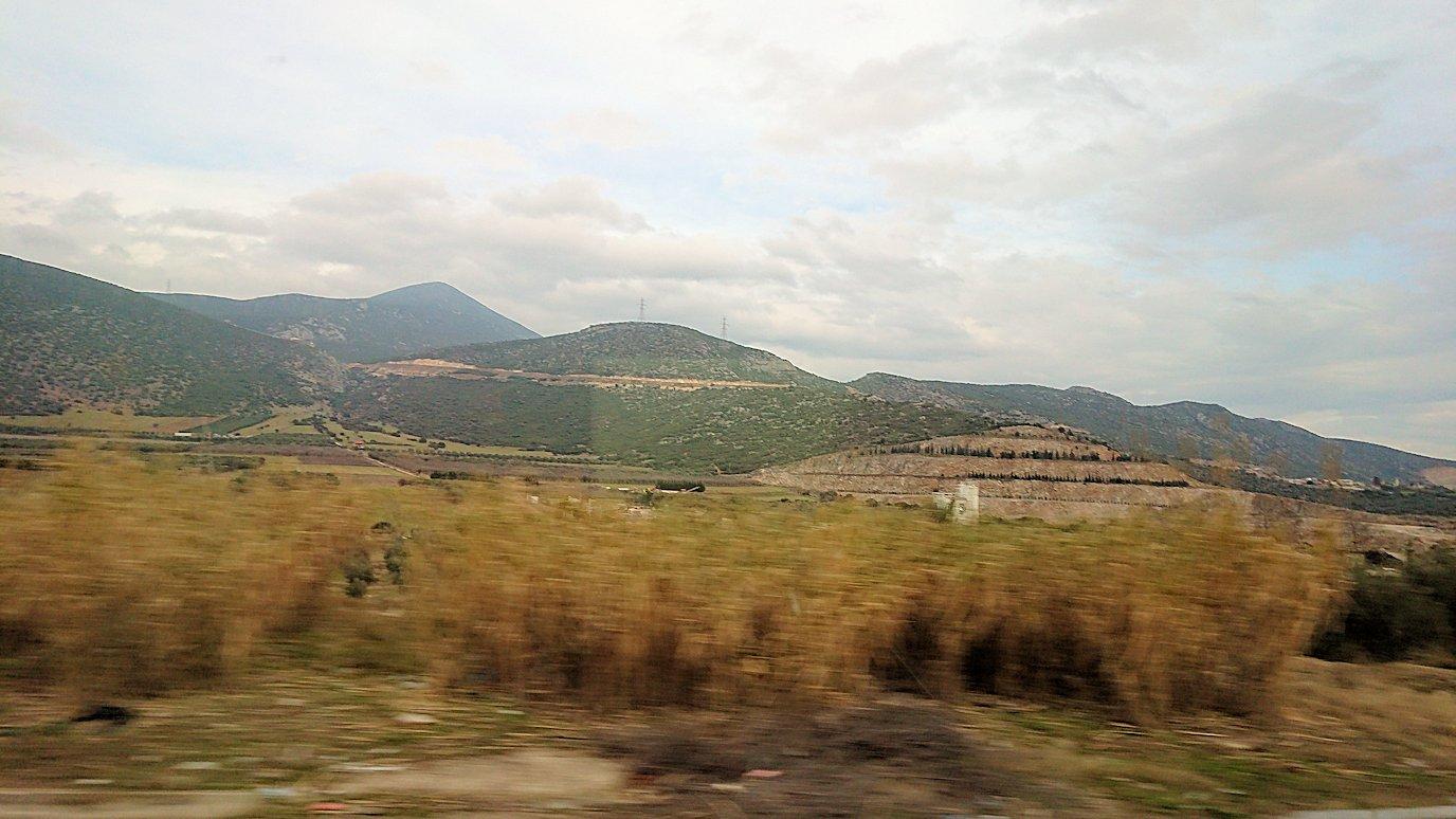 ギリシャのトリカラ地方からアテネに向かって移動2