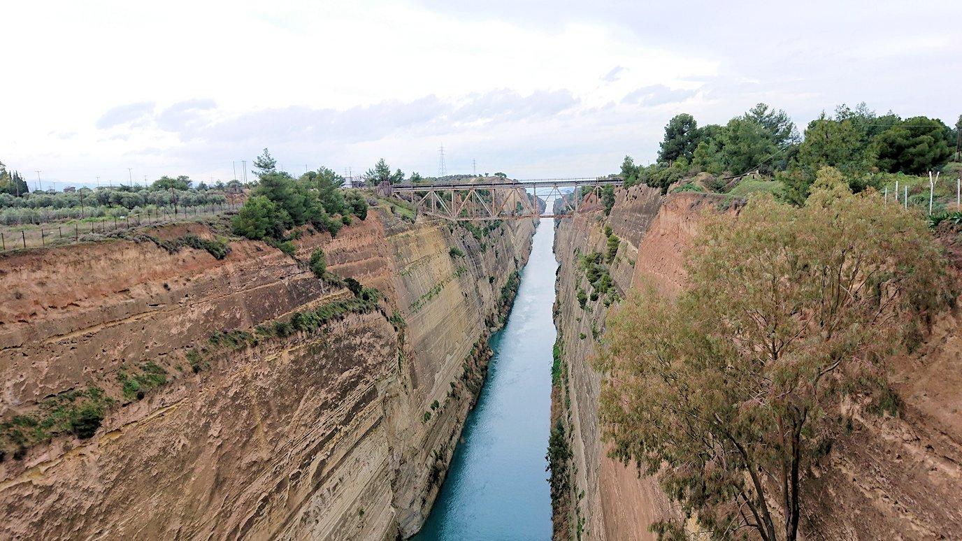 ギリシャのコリントス運河の眺め2