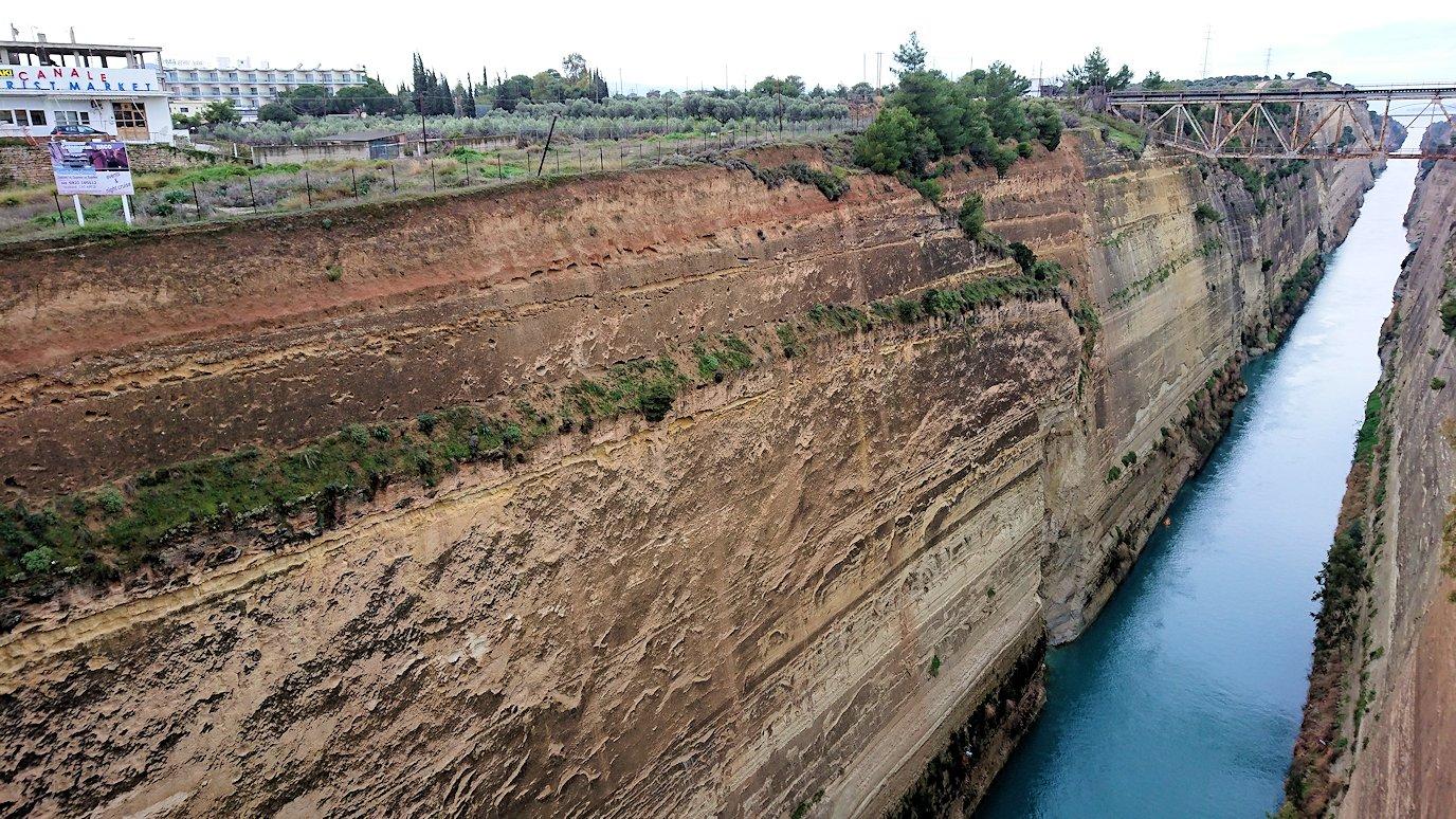 ギリシャのコリントス運河の眺め3