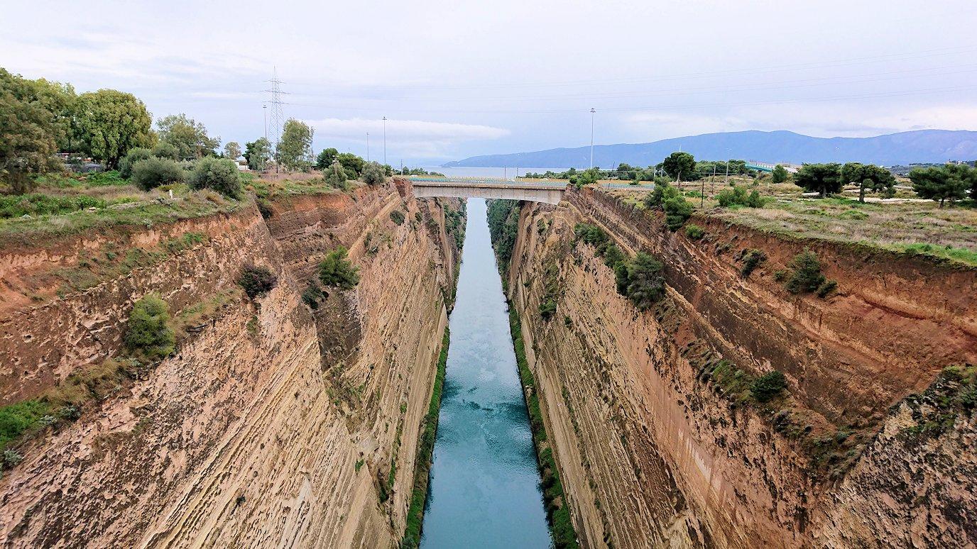 コリントス運河からの景色