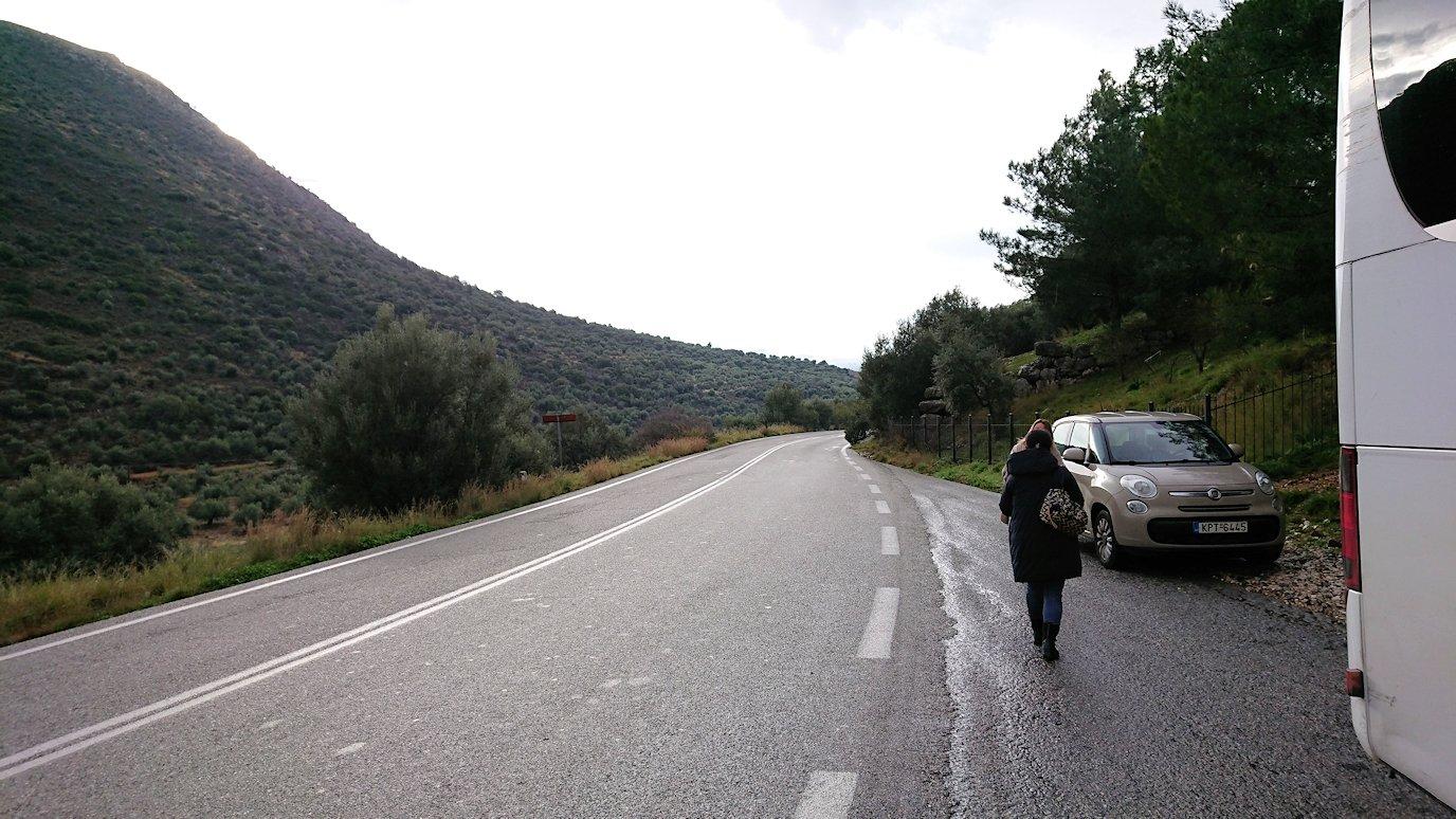 アテネからミケーネへ移動するバスの様子2