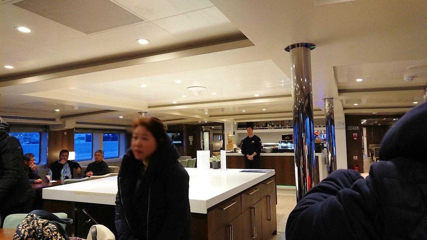 エーゲ海クルーズ船に乗り込み、船内の様子2