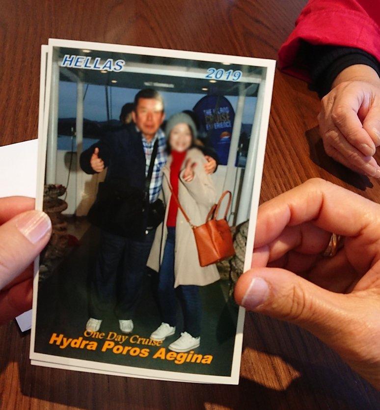 エーゲ海クルーズ船内で販売している写真