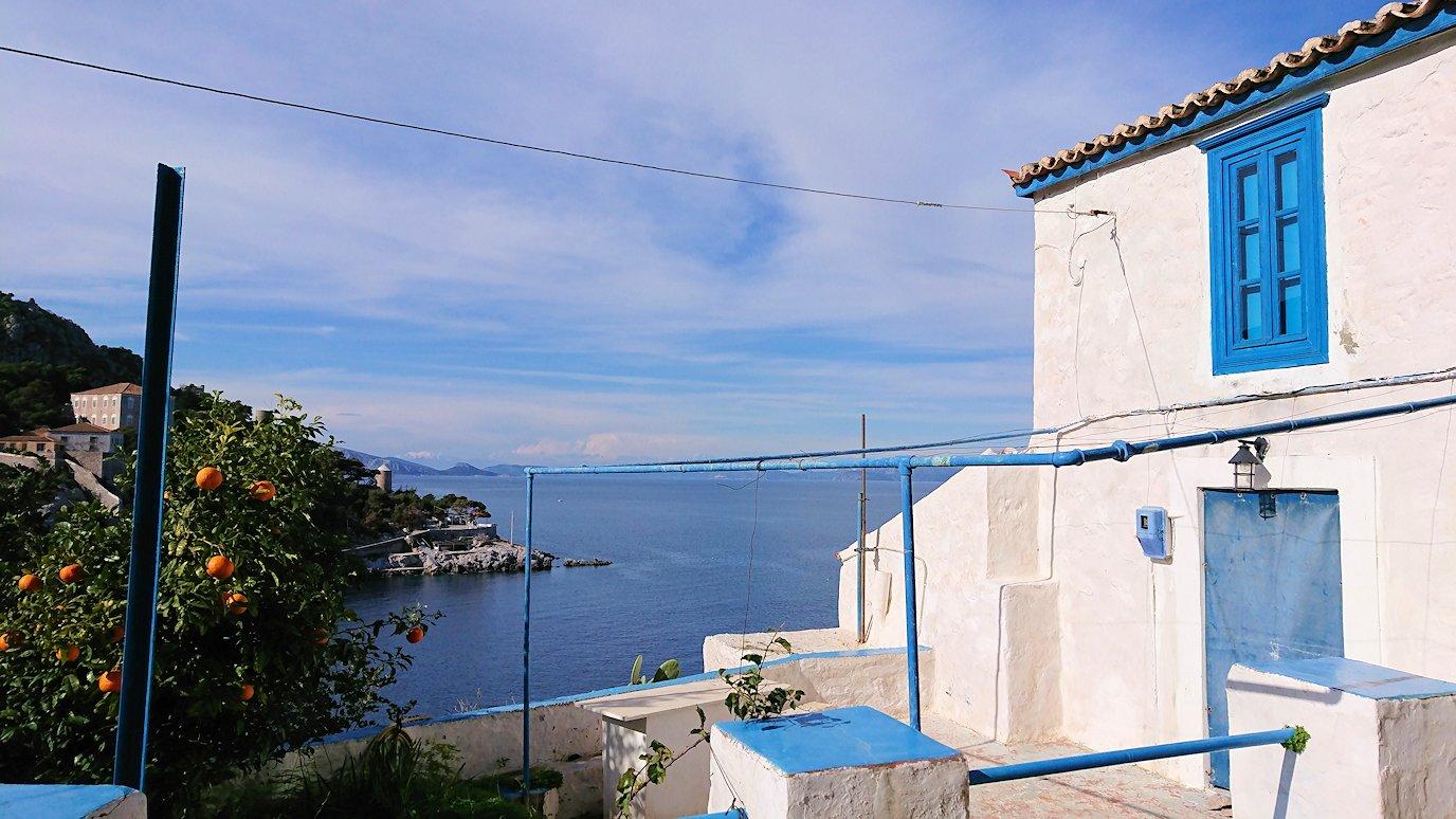 エーゲ海のイドラ島でとりあえず高い場所に進む3
