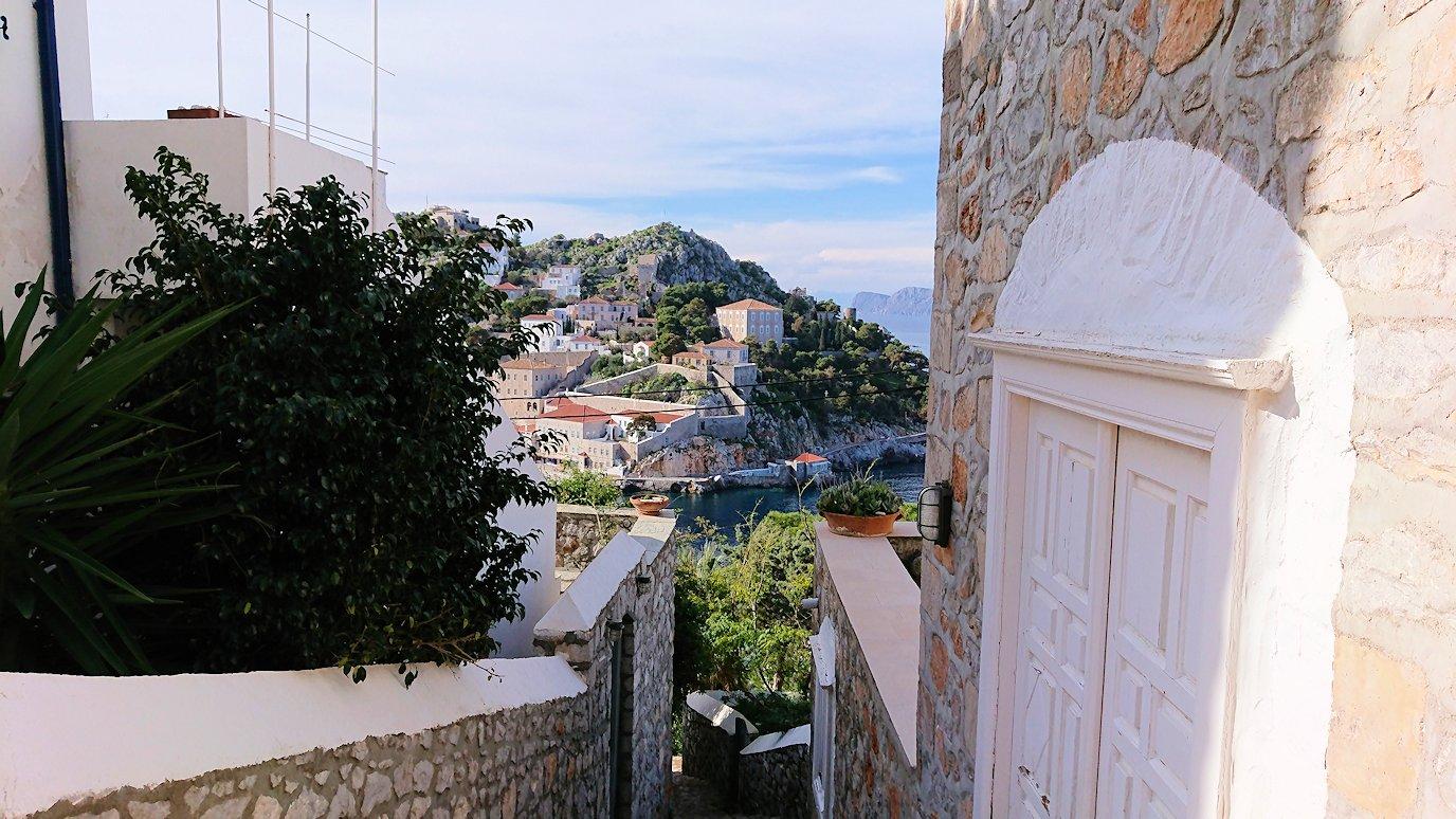 エーゲ海のイドラ島の高台から見た景色3