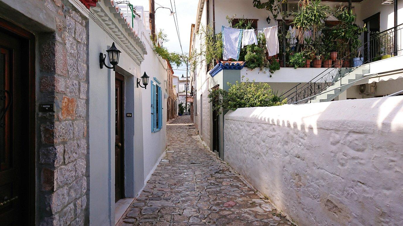 エーゲ海のイドラ島の街並み