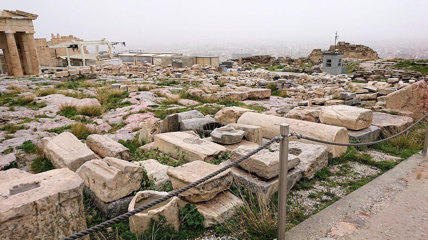 ギリシャのパルテノン神殿の様子2