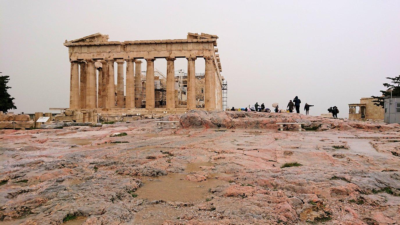 ギリシャのパルテノン神殿の近くから見てみた景色2