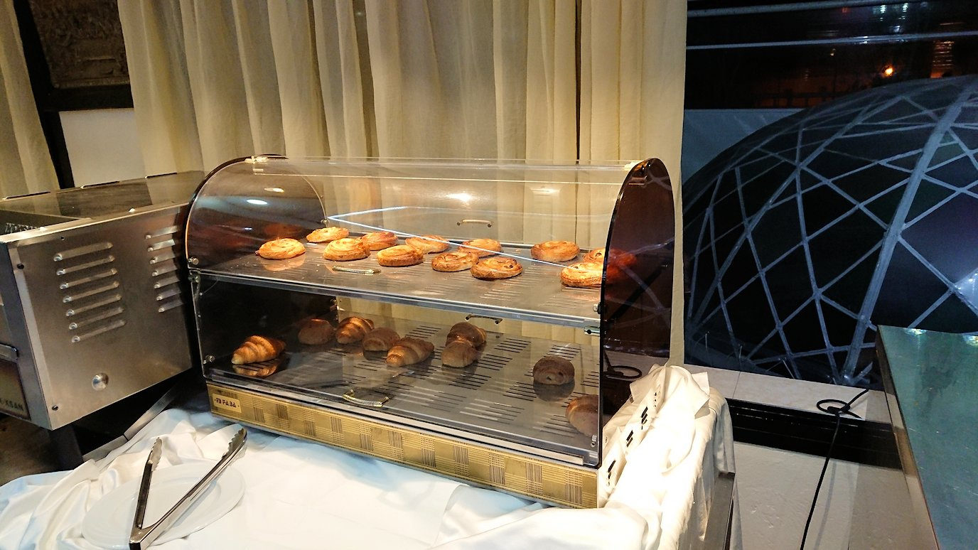 ラバトのホテルにて朝食をいただきます