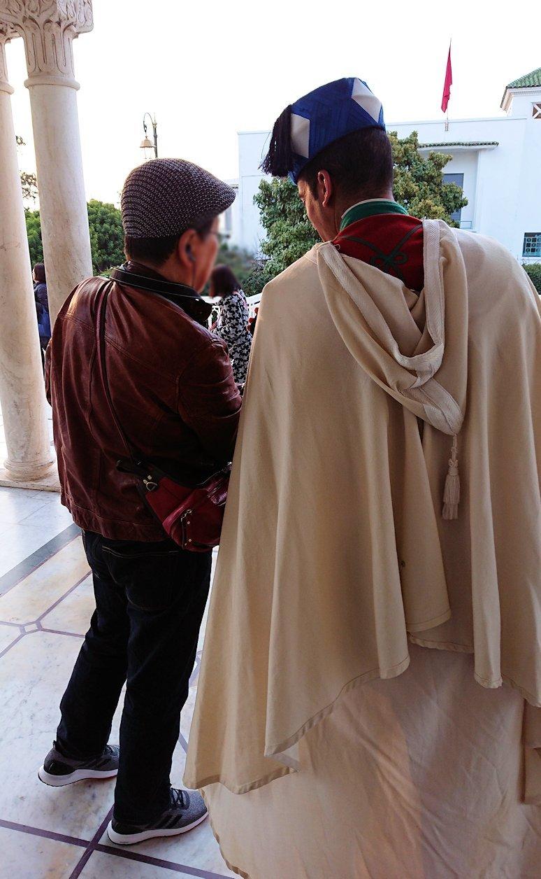 ラバトのムハンマド5世霊廟の中にて5