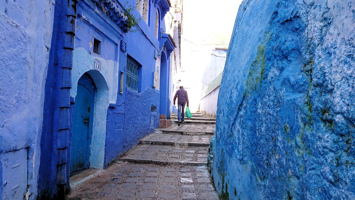 モロッコのシャウエンの街で辺りをブラブラ歩く8