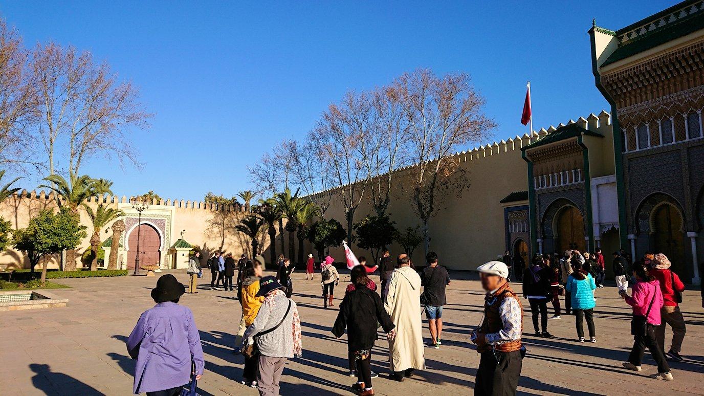 フェズのアラウィート広場にて2