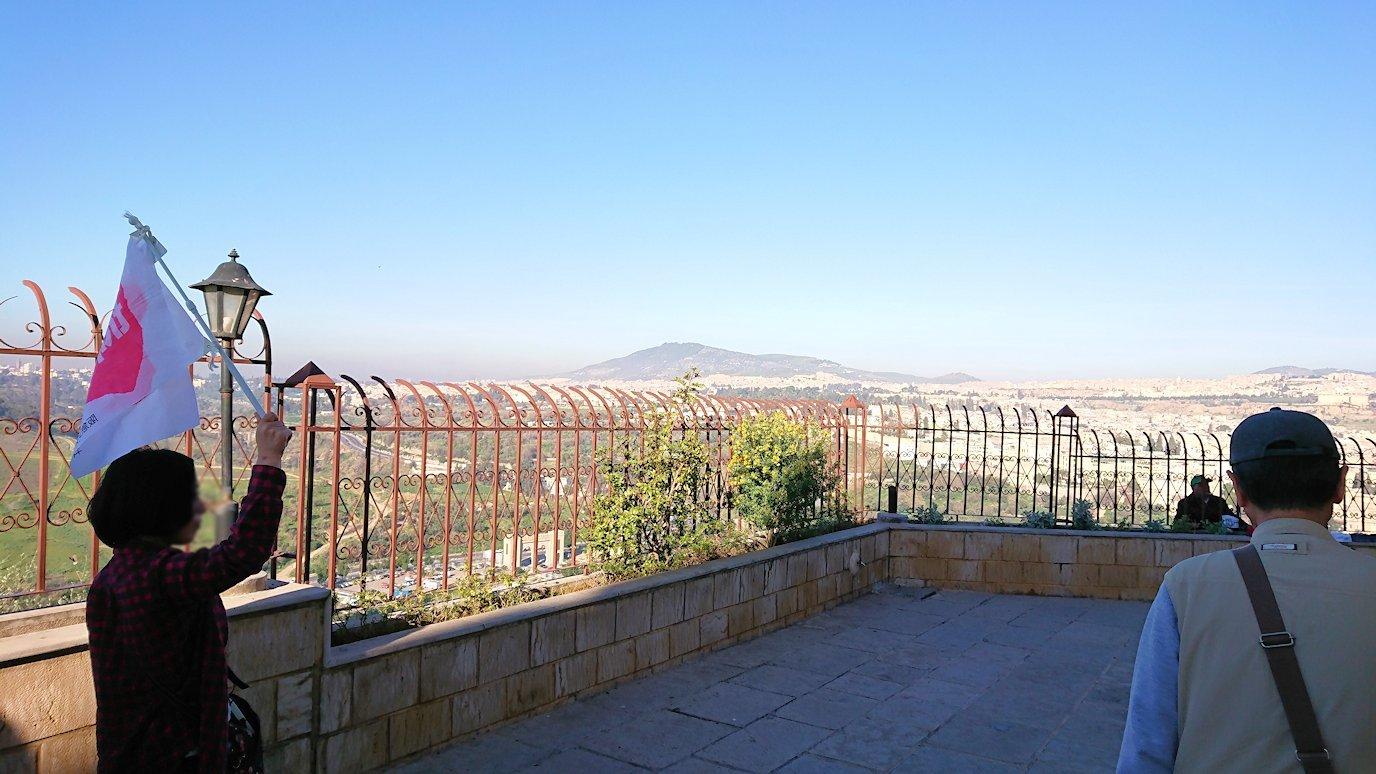 フェズの街を見下ろす高台の南の砦に到着