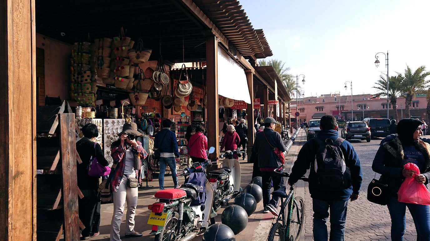 モロッコのマラケシュで旧市街地(メディナ)で見かけたもの9