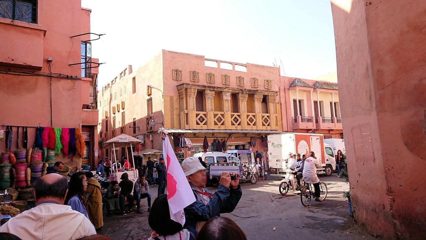モロッコのマラケシュでバヒア宮殿から次の目的地に移動途中に見かけたもの3
