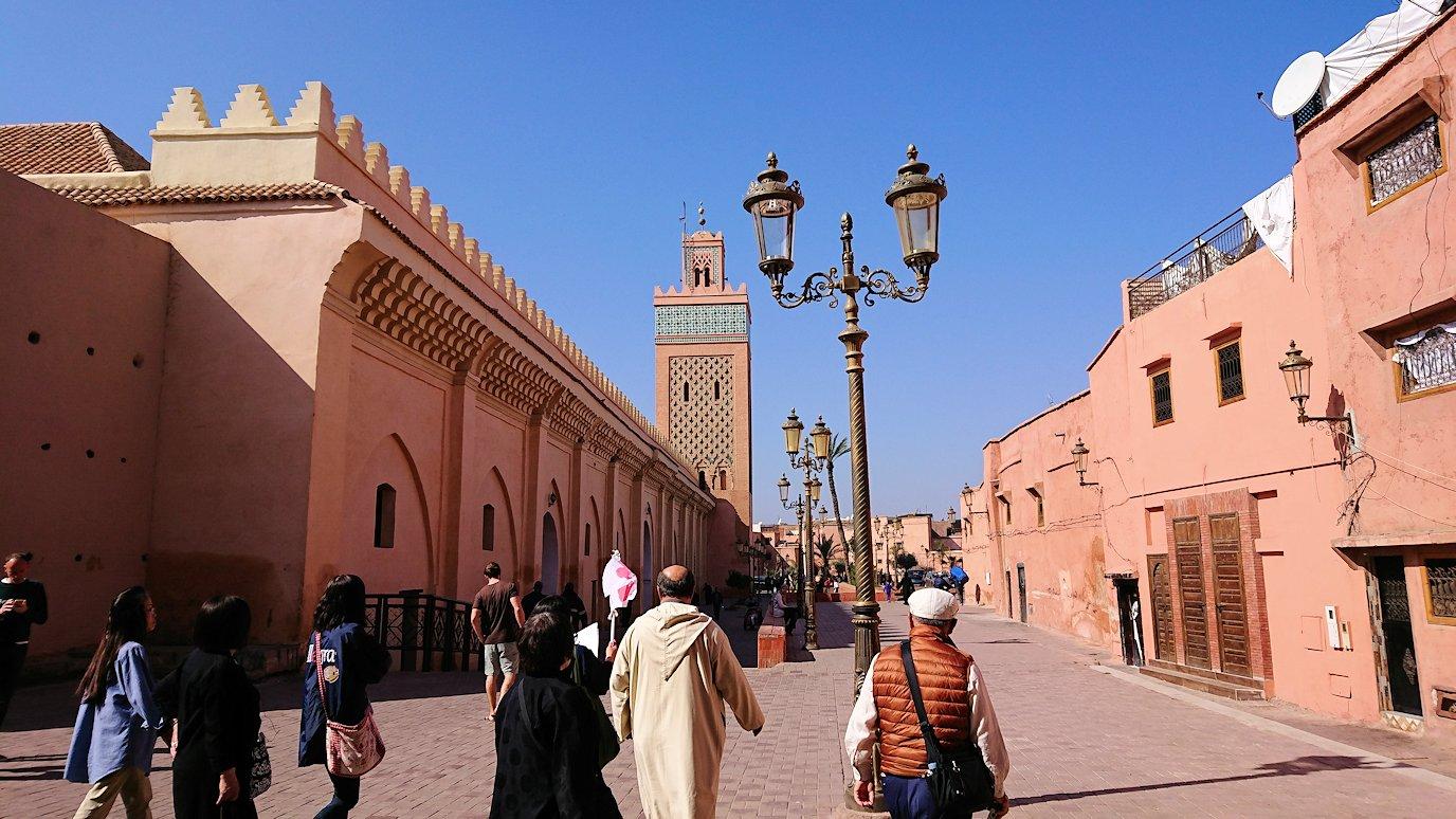 モロッコのマラケシュでアルマンスールモスク付近の様子3