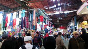 モロッコ・マラケシュでジャマ・エル・フナ広場に続く路地の様子2