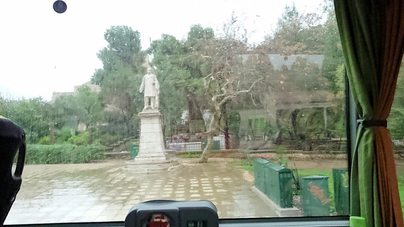 アテネ市内をバスで再び移動4