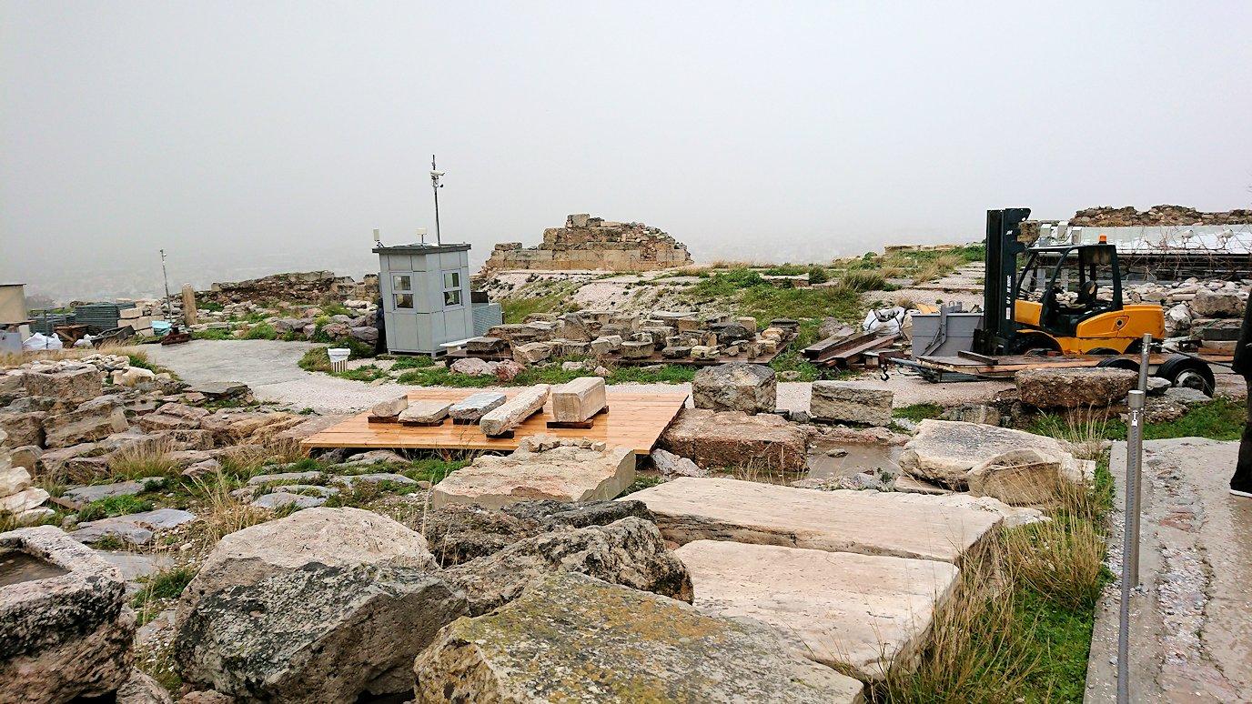 アクロポリス遺跡の石たち2