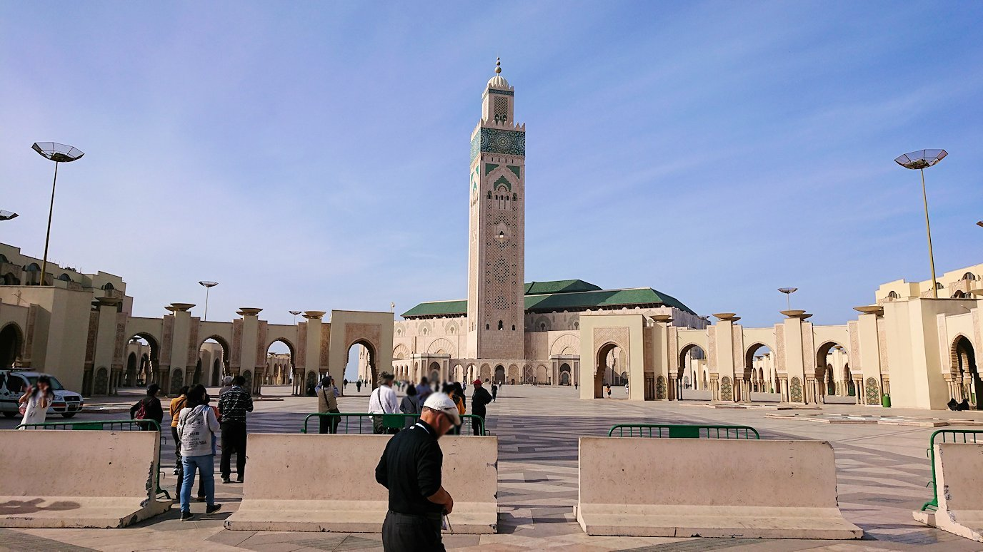 カサブランカのハッサン2世モスクに到着2