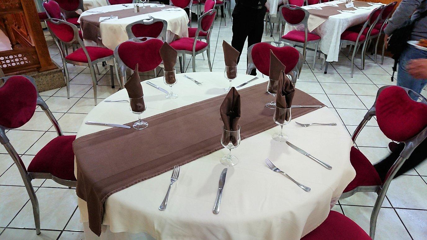 ラバトのホテルで夕食を頂きます4