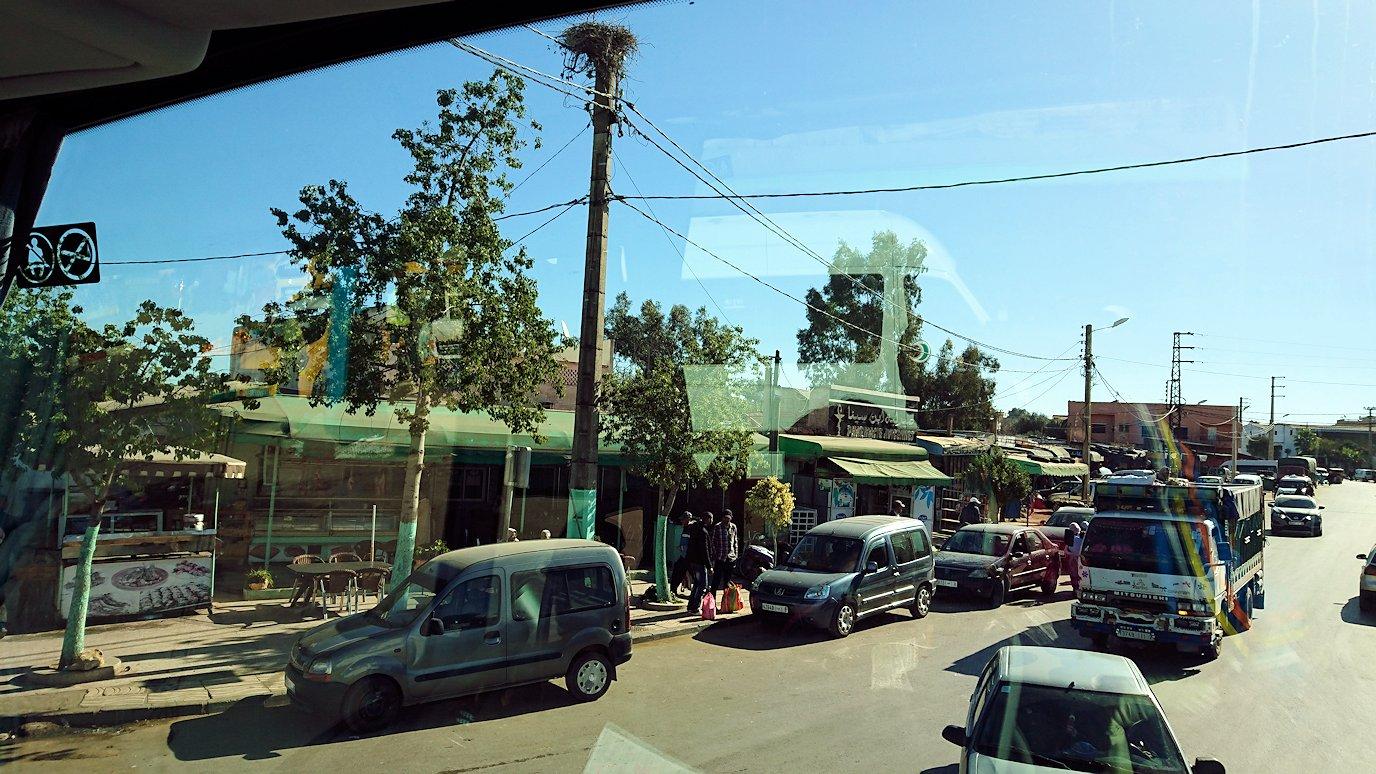 バスでラバトからシャウエンに向かう途中の景色4