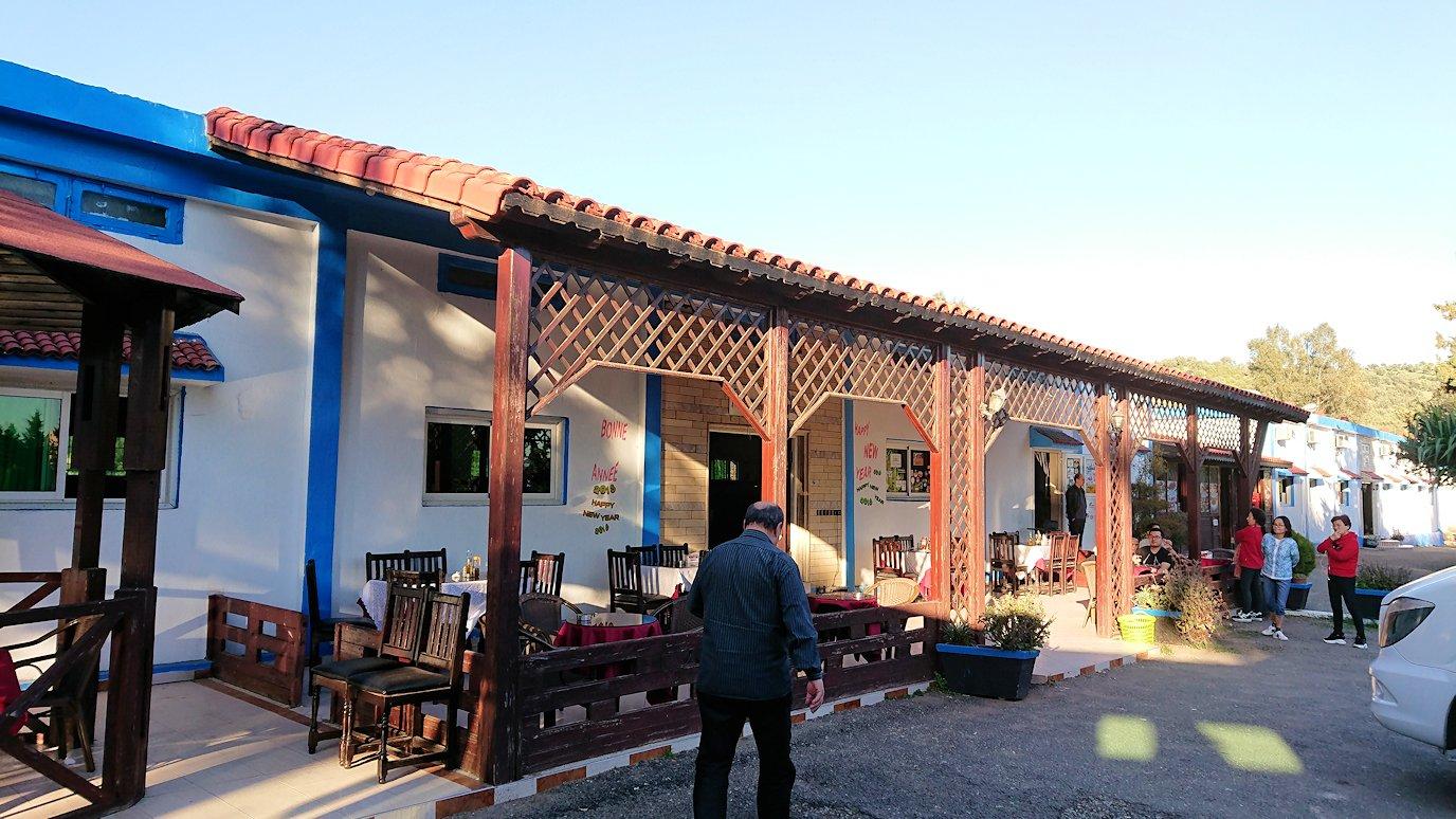 モロッコのシャウエンから移動する途中の休憩所