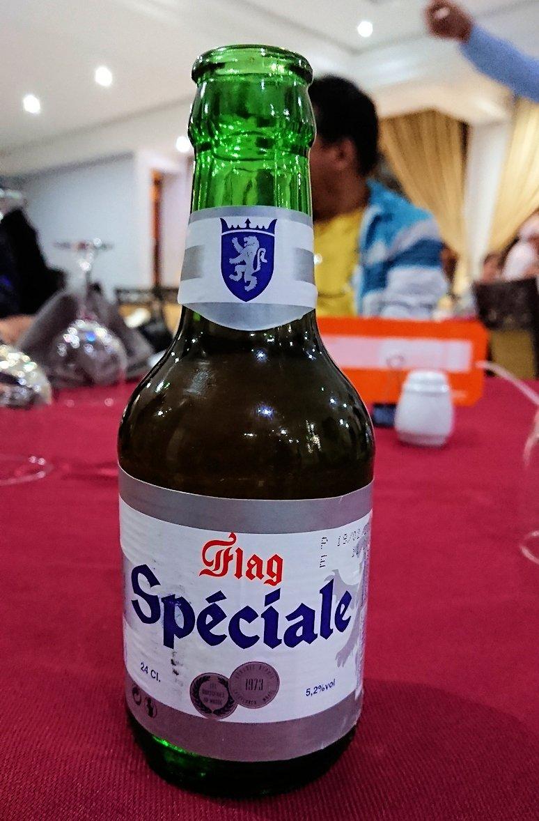フェズのザラー・パーク・パレスホテルのレストラン会場で出てきたビール