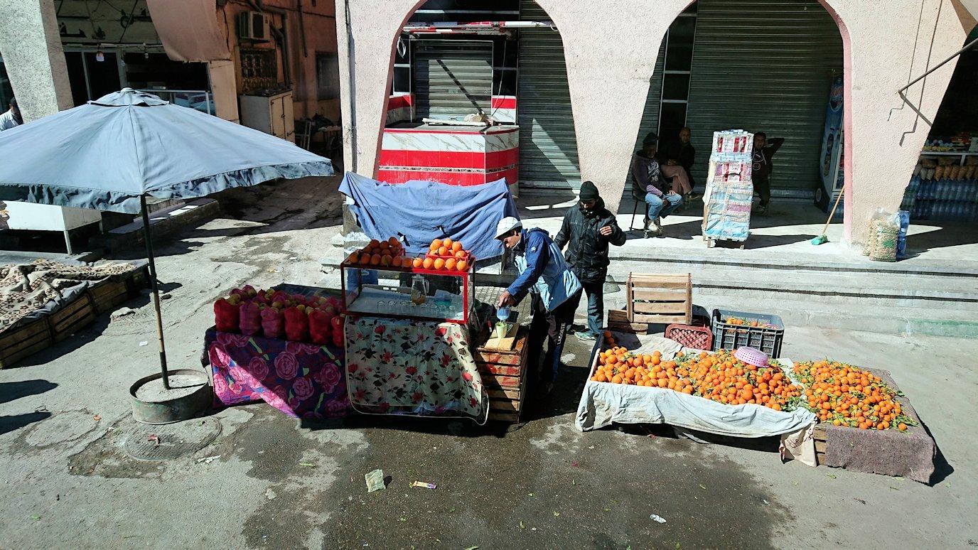 モロッコのミデルトに向かう途中の様子9