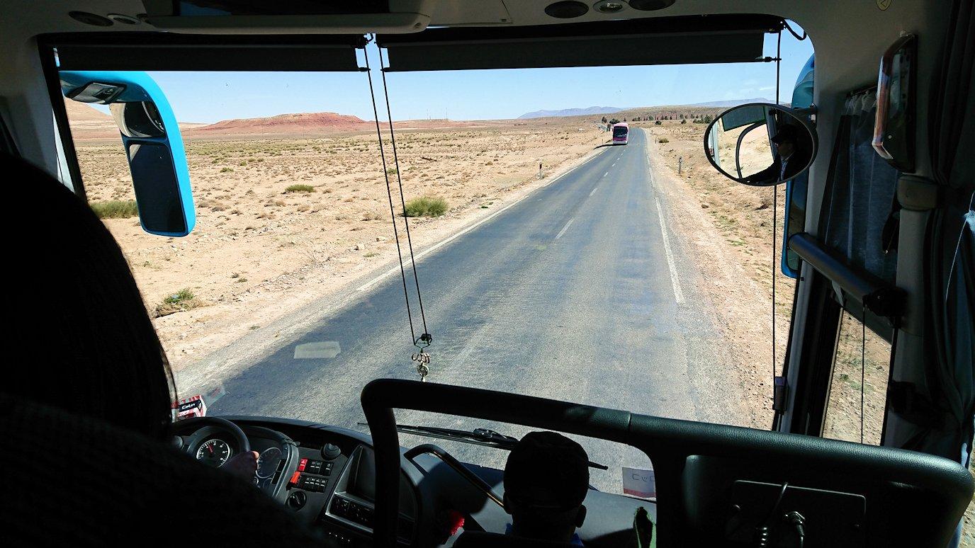 モロッコのミデルトからズイズ渓谷に移動する8