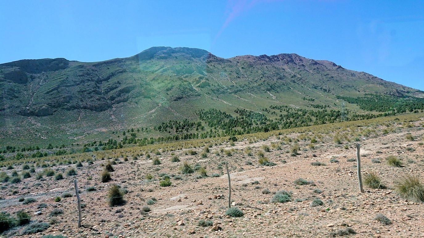 モロッコのミデルトからズイズ渓谷に移動する5