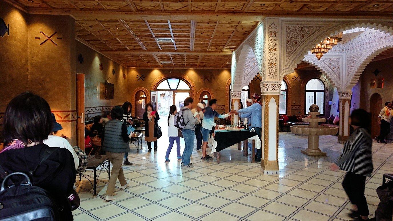 モロッコのメルズーガの砂漠ホテルの様子2