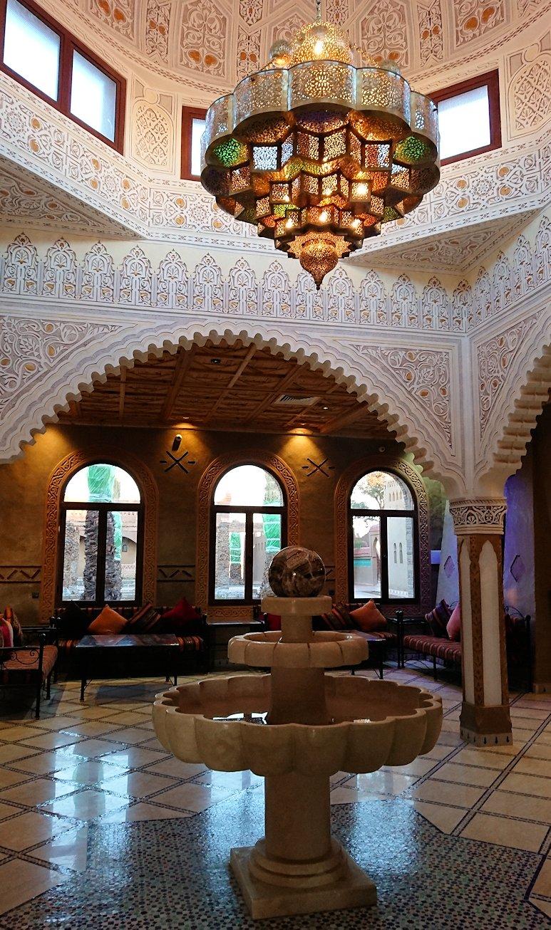 モロッコのメルズーガの砂漠ホテルの様子3