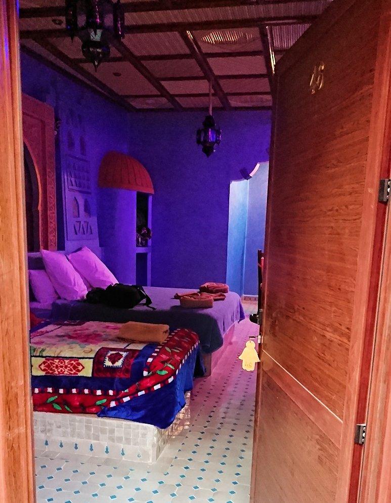 モロッコのメルズーガの砂漠ホテルの部屋の様子2