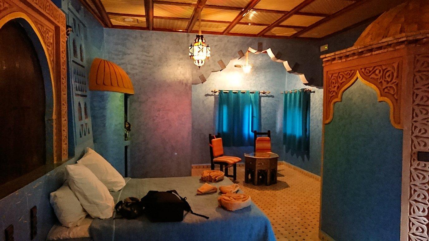 モロッコのメルズーガの砂漠ホテルの部屋の様子7