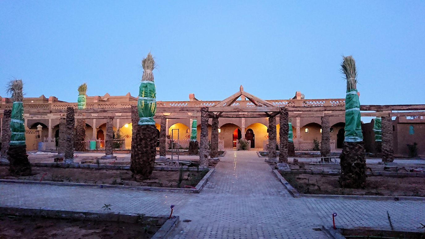 モロッコのメルズーガの砂漠ホテルでまったりと6