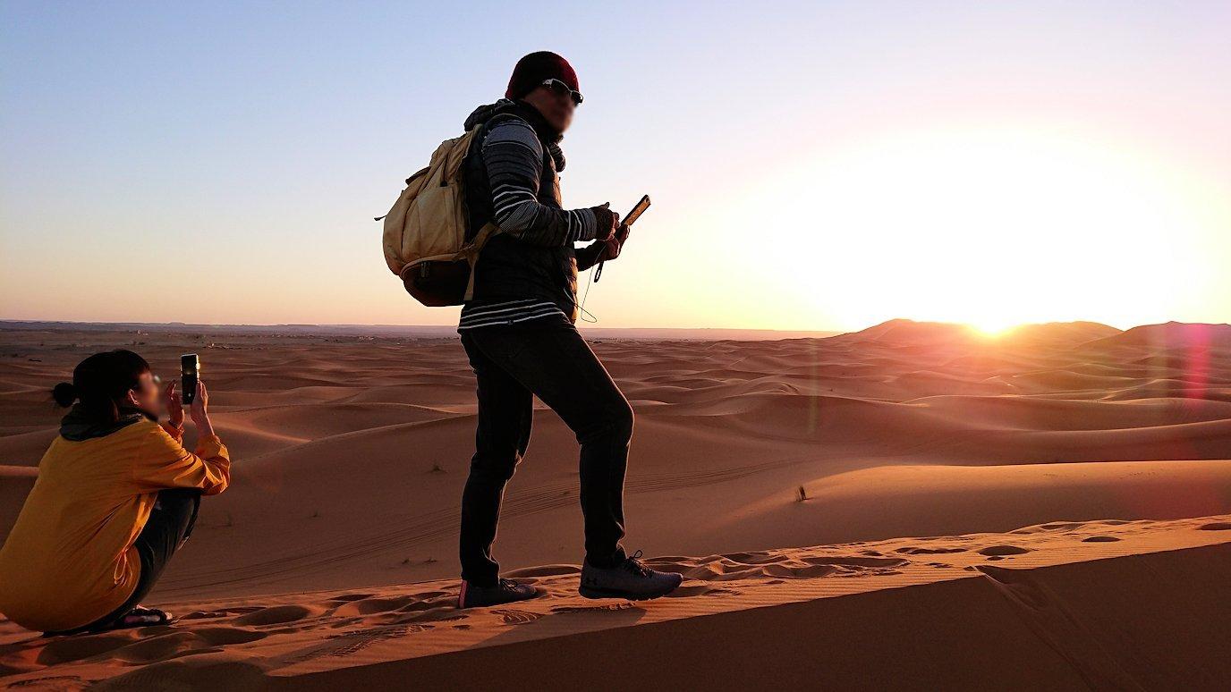 モロッコのサハラ砂漠で遂に朝日とご対面5
