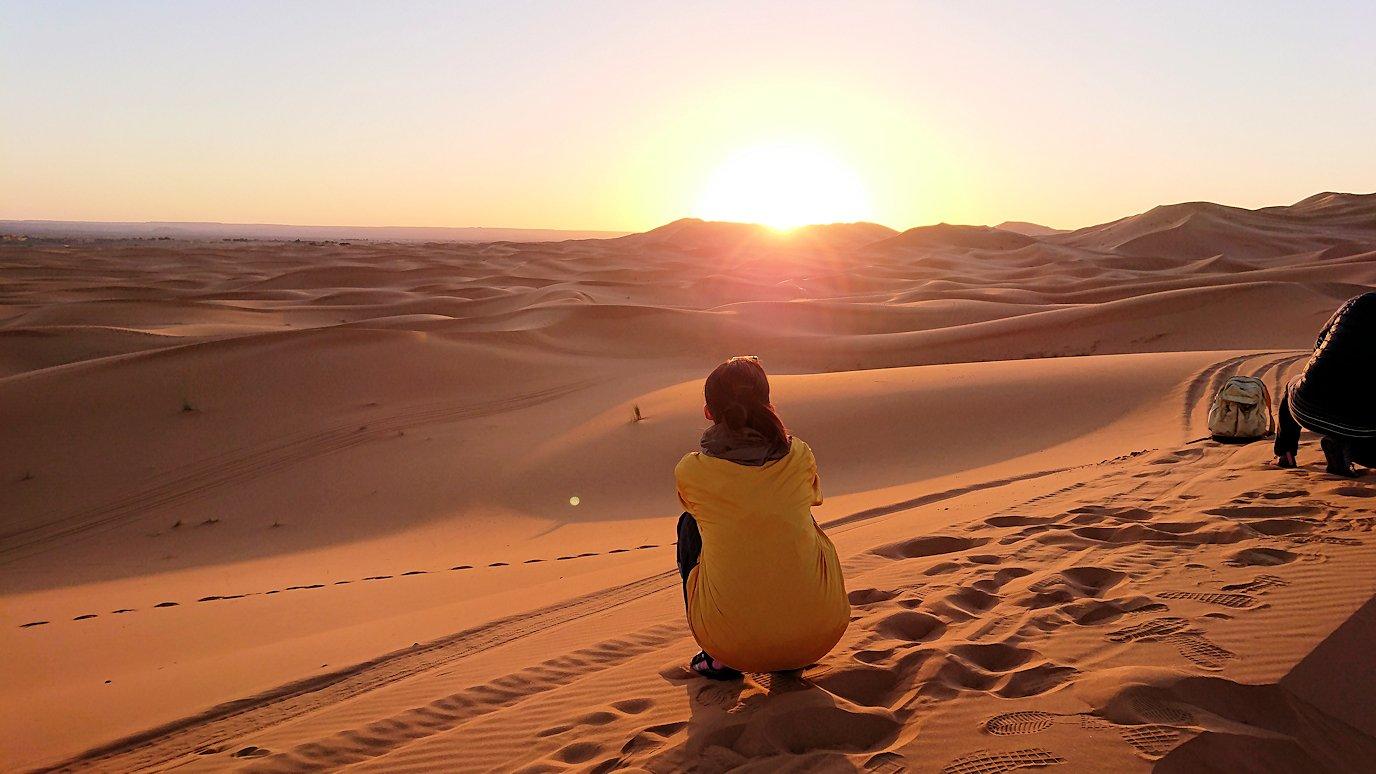 モロッコのサハラ砂漠で遂に朝日とご対面7