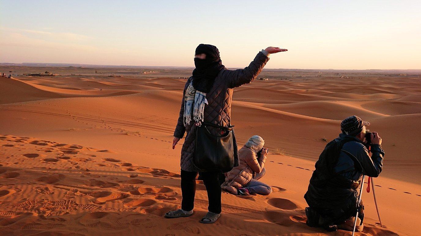 モロッコのサハラ砂漠で遂に朝日とご対面8