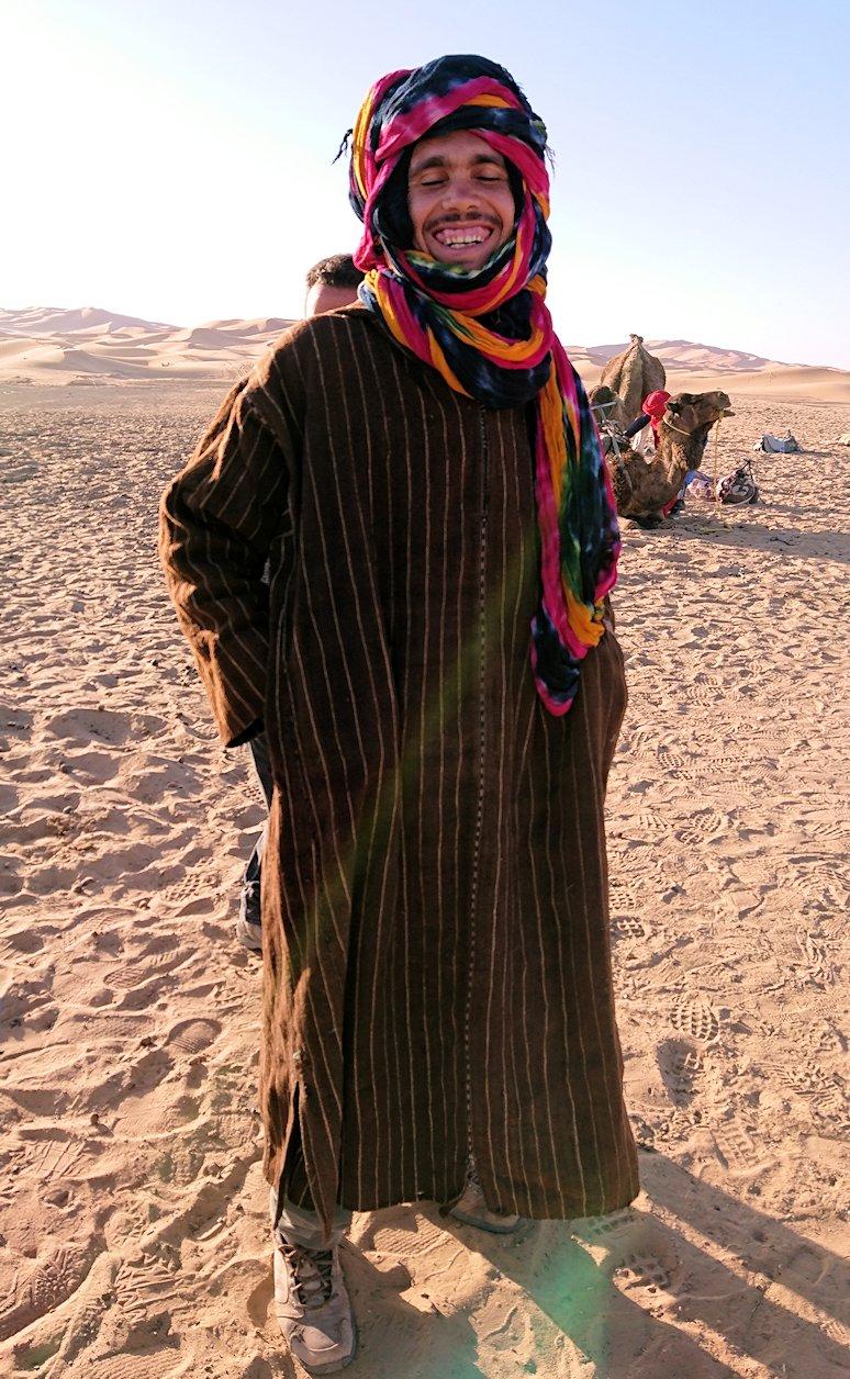 サハラ砂漠でベルベル風朝食をいただきます8