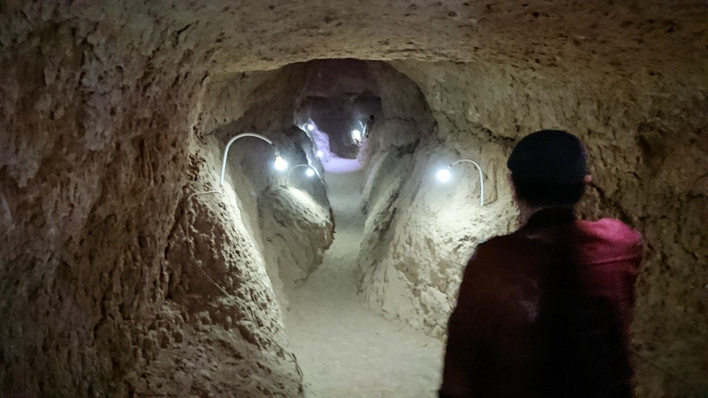 モロッコのカッターラの地下水道溝を見学してみる7