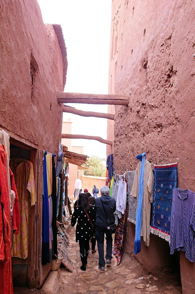モロッコのワルザザートのアイト・ベン・ハッドゥ内の様子4