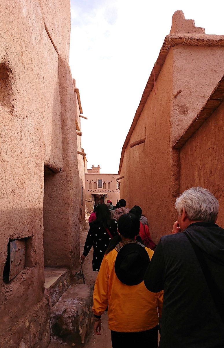 モロッコのワルザザートのアイト・ベン・ハッドゥ内の様子8