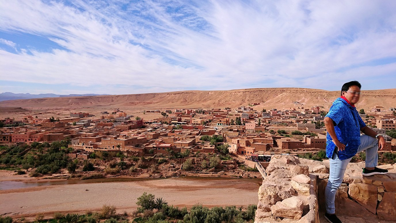 モロッコのワルザザートのアイト・ベン・ハッドゥ内を上の方まで登った頂上付近の様子5