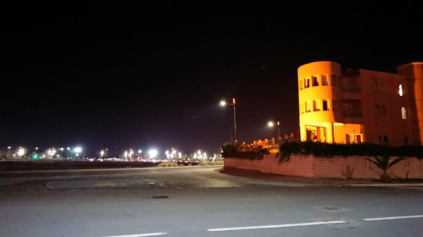 モロッコのマラケシュのホテルの夜の様子2