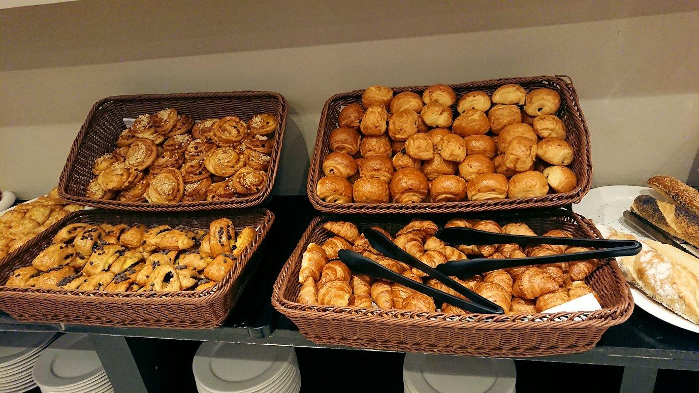 マラケシュのアダムパークホテルにて朝食バイキングを1