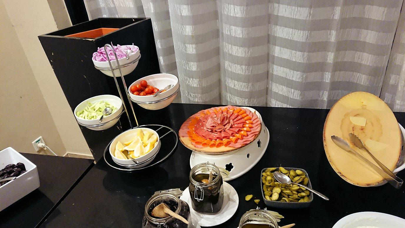 マラケシュのアダムパークホテルにて朝食バイキングを4